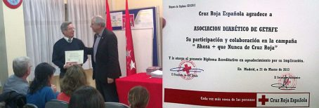 La Cruz Roja nos hace entrega de un Diploma
